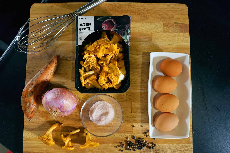 Tortilla de rossinyols y boniato, recetas con setas para cualquier dieta